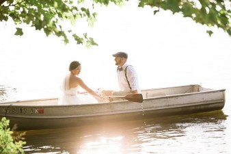 065-couple-photos-in-row-boat