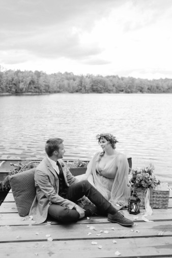 083-north-central-wisconsin-lakeside-camp-wedding-inspiration