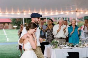 088-husband-wife-wedding-photographers-destination-wisconsin-wedding