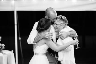 095-husband-wife-wedding-photographers-destination-wisconsin-wedding