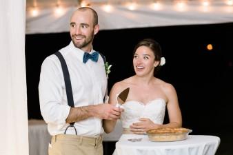 099-husband-wife-wedding-photographers-destination-wisconsin-wedding