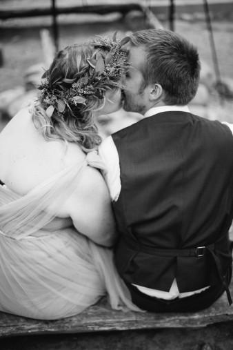 110-camp-fire-smoores-wedding-inspiration-photos