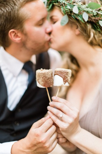 113-camp-fire-smoores-wedding-inspiration-photos