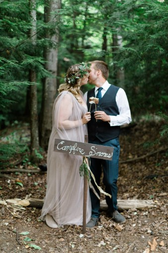 114-camp-fire-smoores-wedding-inspiration-photos