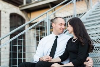 04-Mill-Ruins-Park-Minneapolis-Minnesota-Engagement-Photos-James-Stokes-Photography