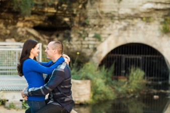16-Mill-Ruins-Park-Minneapolis-Minnesota-Engagement-Photos-James-Stokes-Photography