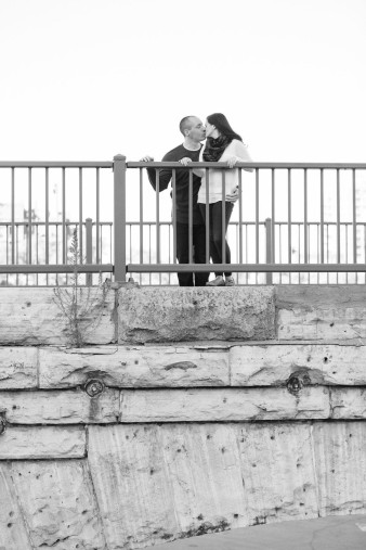 28-Mill-Ruins-Park-Minneapolis-Minnesota-Engagement-Photos-James-Stokes-Photography