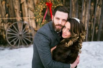 57-winter-wedding-sleigh-ride-wisconsin