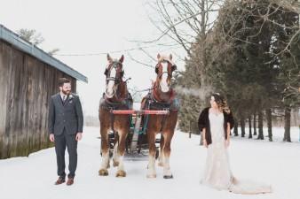 59-winter-wedding-sleigh-ride-wisconsin