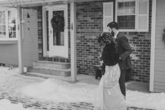 76-winter-wedding-with-dog