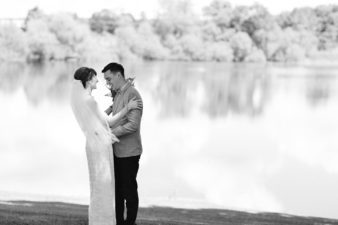 32-Wisconsin-Home-Yard-Wedding-Photos-James-Stokes-Photography