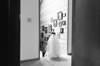 41-Backyard-Home-Bohemian-Wisconsin-Wedding-Photos-James-Stokes-Photography