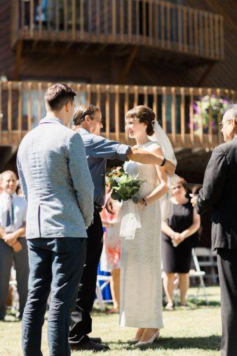 47-Backyard-Home-Bohemian-Wisconsin-Wedding-Photos-James-Stokes-Photography