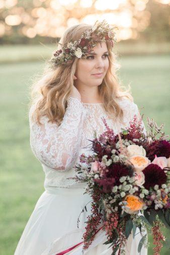 eastern-wisconsin-rustic-barn-wedding-photos-glitter-florals-77