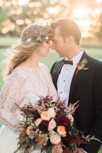 eastern-wisconsin-rustic-barn-wedding-photos-glitter-florals-83