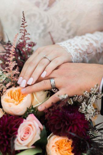 eastern-wisconsin-rustic-barn-wedding-photos-glitter-florals-86