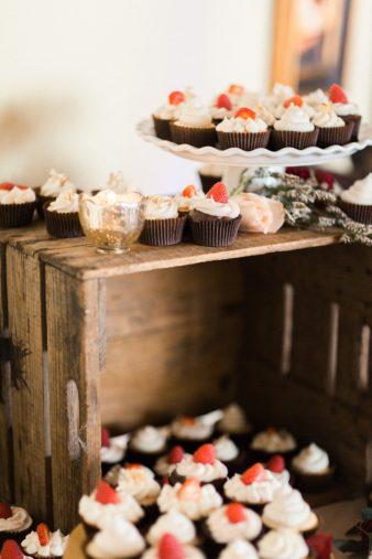 barnsite-retreat-events-center-barn-loft-wedding-photos-13