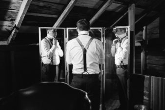 034-the-farm-at-dover-wisconsin-rustic-groom-photos