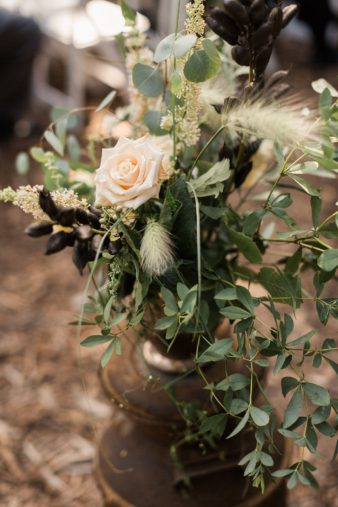 069-midwest-outdoor-ceremony-inspiration-photos-james-stokes-photography