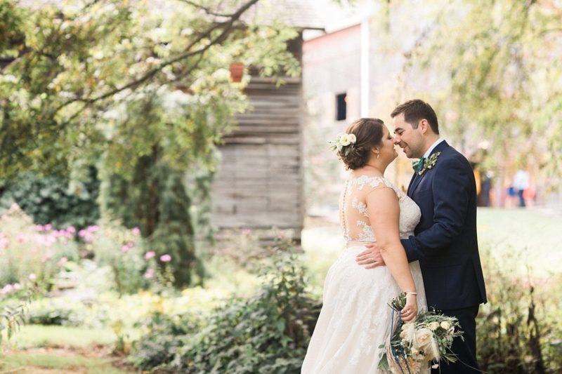 090-summer-outdoor-weddings-chicago-bride-wisconsin-wedding-venues-james-stokes
