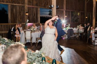116-fun-loft-barn-wedding-recption-photos-james-stokes-photography