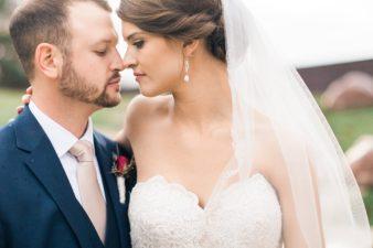 059_Stevens-Point-SentryWorld-Wedding-Photos-Golf-Corse-Photos-James-Stokes