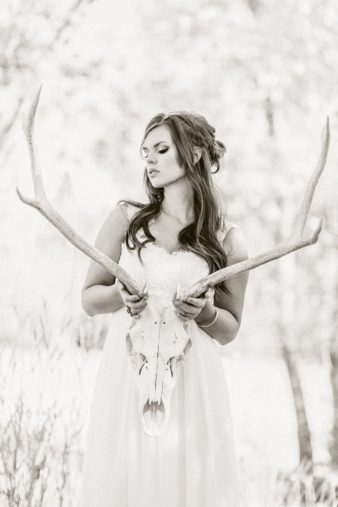 16-Bride-with-Antlers-Black-White-Film-style-Photos