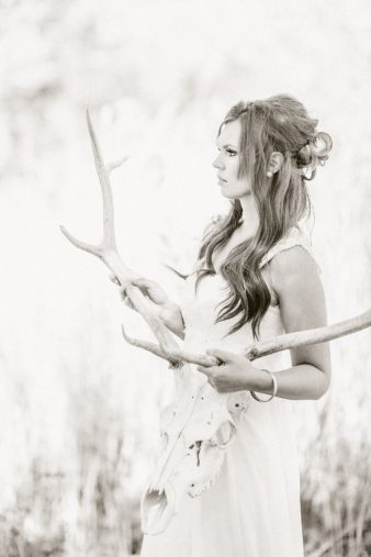 20-Bride-with-Antlers-Black-White-Film-style-Photos