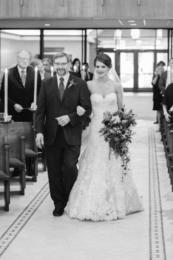 21_Wisconsin-Rapids-Wedding-Photographer-Church-Photos