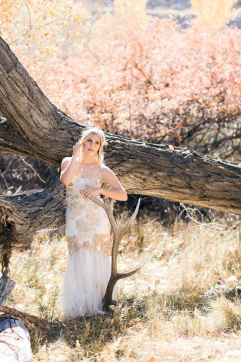 25-Utah-Western-Bride-Antler-Photos