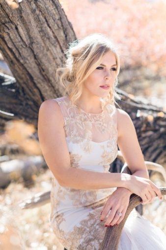 30-Utah-Western-Bride-Antler-Photos
