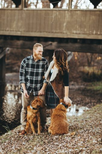 01_couple-anniversary-fall-holiday-portraits-james-stokes