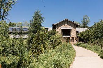 002-Schlitz-Audubon-Nature -Center-Outdoor-Wedding-Venue-Photos-James-Stokes-Photography