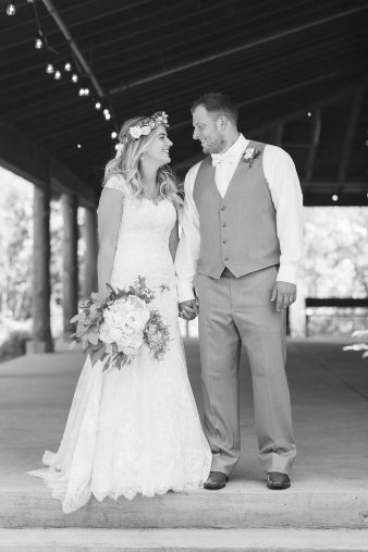 017-Outdoor-Bohemian-Wisconsin-Wedding-James-Stokes-Photography