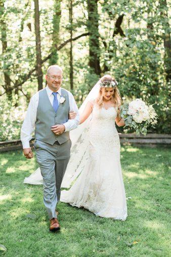 039-Milwaukee-Outdoor-Garden-Wedding-Venue-Spaces-James-Stokes-Photography