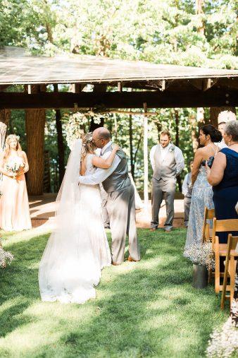 045-Milwaukee-Outdoor-Garden-Wedding-Venue-Spaces-James-Stokes-Photography