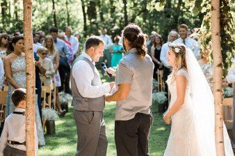 049-Milwaukee-Outdoor-Garden-Wedding-Venue-Spaces-James-Stokes-Photography