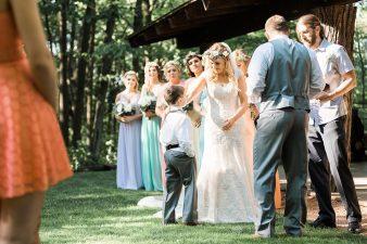 054-Milwaukee-Outdoor-Garden-Wedding-Venue-Spaces-James-Stokes-Photography