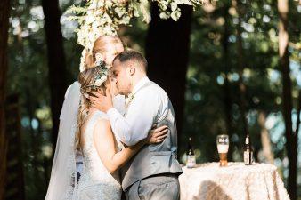 060-Milwaukee-Outdoor-Garden-Wedding-Venue-Spaces-James-Stokes-Photography