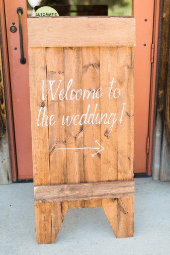 068-Milwaukee-Lake-Michigan-Lakeside-Wedding-Photos-on-Beach-James-Stokes-Photography