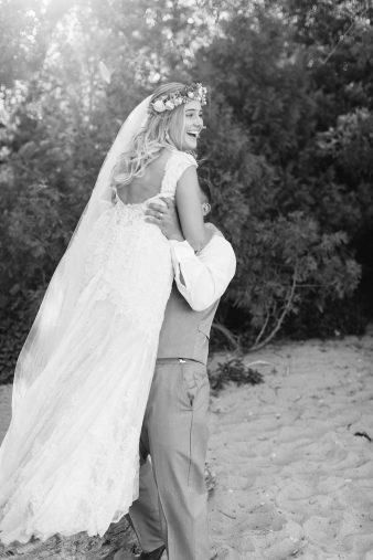 076-Milwaukee-Lake-Michigan-Lakeside-Wedding-Photos-on-Beach-James-Stokes-Photography