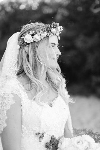 091-Milwaukee-Lake-Michigan-Lakeside-Wedding-Photos-on-Beach-James-Stokes-Photography