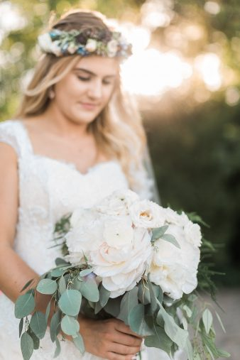 094-Milwaukee-Lake-Michigan-Lakeside-Wedding-Photos-on-Beach-James-Stokes-Photography