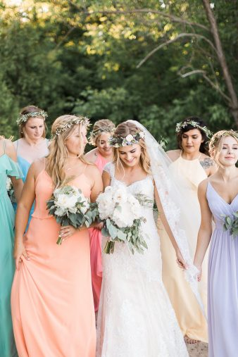 096-Milwaukee-Lake-Michigan-Lakeside-Wedding-Photos-on-Beach-James-Stokes-Photography