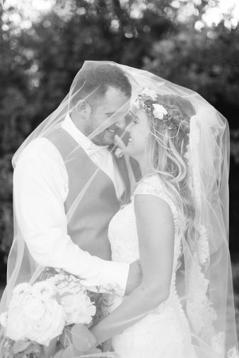 098-Milwaukee-Lake-Michigan-Lakeside-Wedding-Photos-on-Beach-James-Stokes-Photography
