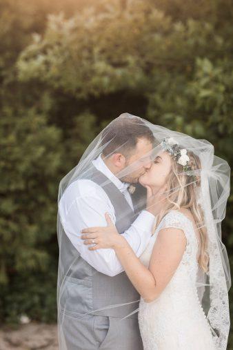 102-Milwaukee-Lake-Michigan-Lakeside-Wedding-Photos-on-Beach-James-Stokes-Photography