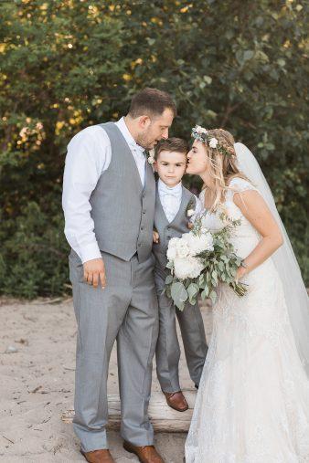107-Milwaukee-Lake-Michigan-Lakeside-Wedding-Photos-on-Beach-James-Stokes-Photography