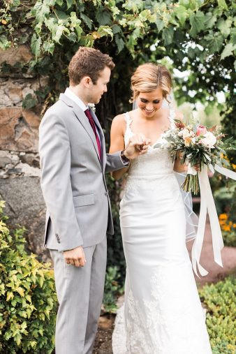 062-Tansy-Hill-Farms-Wedding-Wausau-Wisconsin-James-Stokes-Photography-Couple-Photos-Lifestyle-Fine-Art-Photos