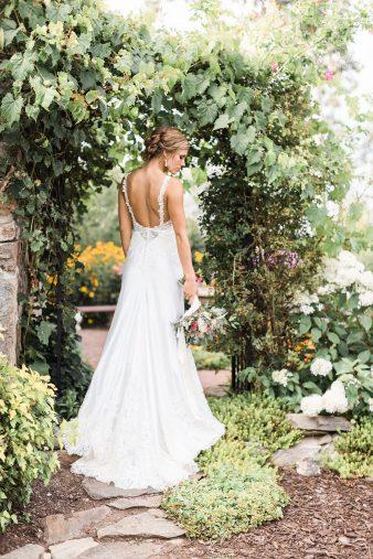 068-Tansy-Hill-Farms-Wedding-Wausau-Wisconsin-James-Stokes-Photography-Couple-Photos-Lifestyle-Fine-Art-Photos