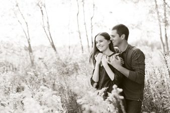 08-Central-Wisconsin-Farm-Engagement-photos-James-Stokes-Photography